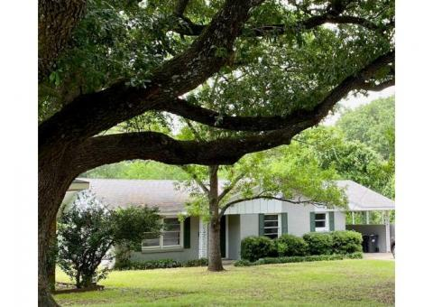 Home for lease, available June 1st,  on quiet cut-de-sac in Corsicana, TX and Bowie School District